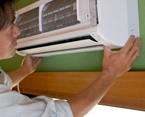 家庭用エアコン取付け